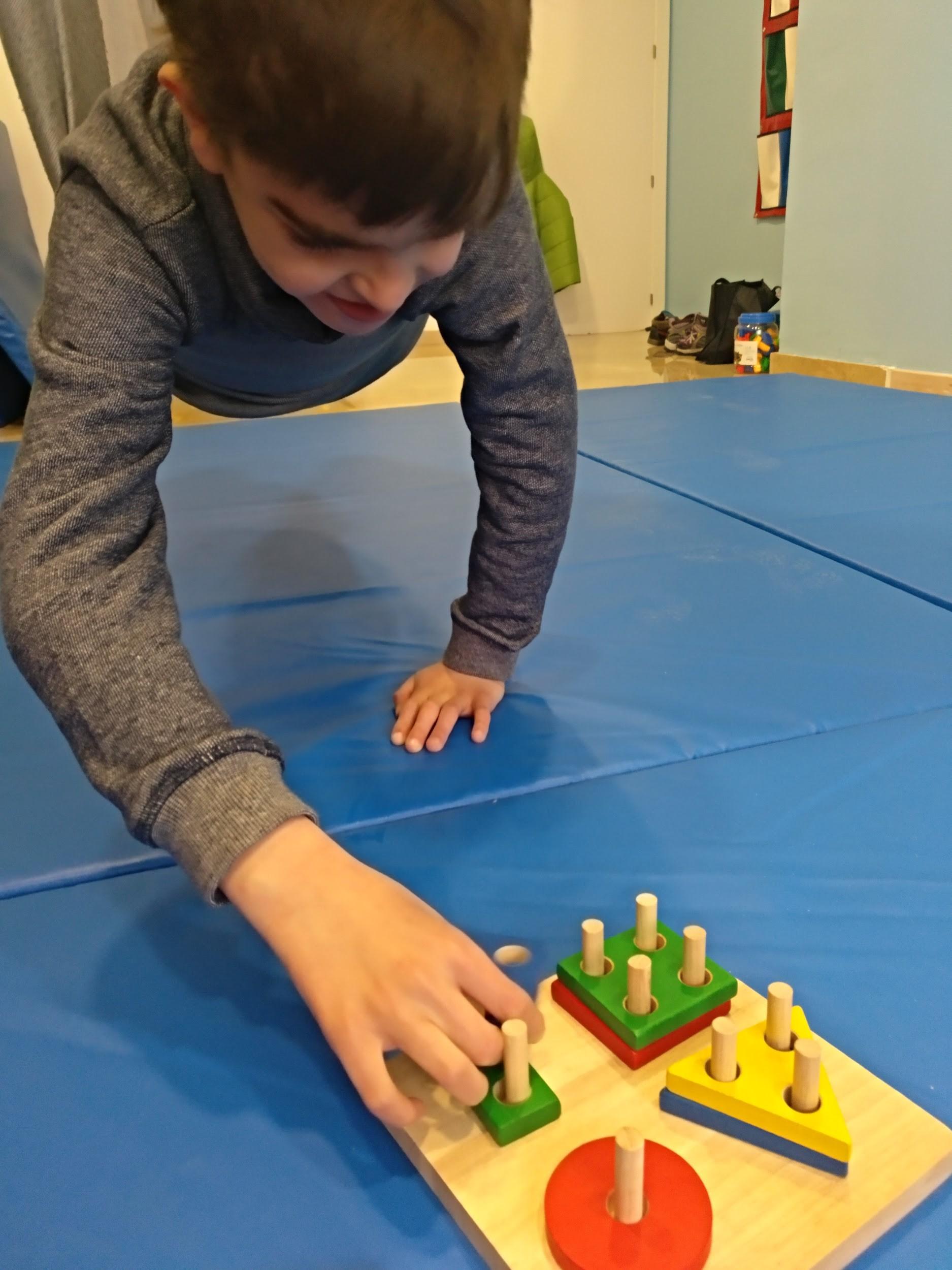 Juego Y Aprendo Consejos De Una Terapeuta Ocupacional Hop Toys